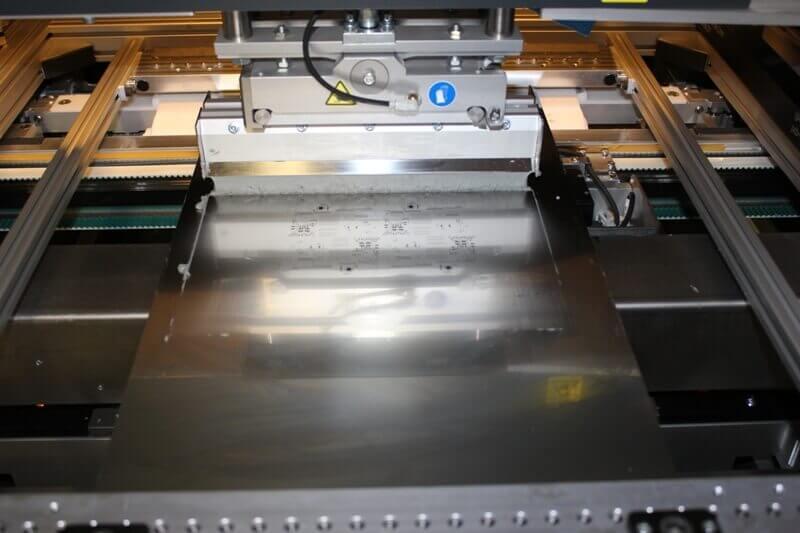 osazování desek plošních spojů